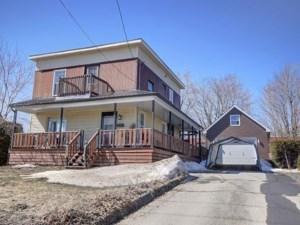 19565056 - Maison à étages à vendre