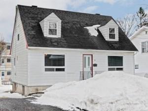20579767 - Maison à 1 étage et demi à vendre