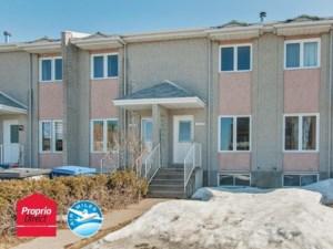 25288505 - Maison à étages à vendre