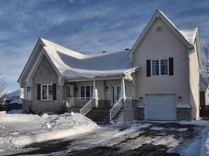 12284344 - Maison à étages à vendre