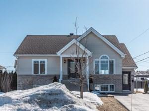 11663897 - Maison à 1 étage et demi à vendre