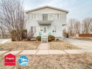 17690859 - Maison à étages à vendre