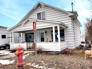 16452625 - Maison à étages à vendre