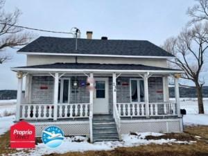 10649715 - Maison à étages à vendre
