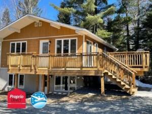 15855341 - Maison à étages à vendre