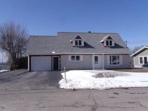 11302643 - Maison à 1 étage et demi à vendre