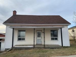 25543591 - Maison à étages à vendre