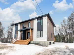 13767889 - Cottage-jumelé à vendre