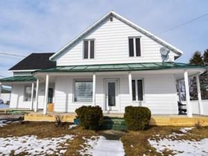 15141917 - Maison à étages à vendre