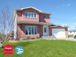 24176836 - Maison à étages à vendre