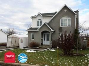 20432116 - Maison à étages à vendre