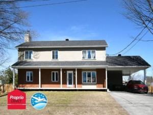 22734898 - Maison à étages à vendre