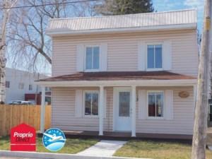 17083571 - Maison à étages à vendre