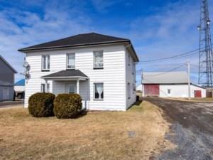 11806683 - Maison à étages à vendre