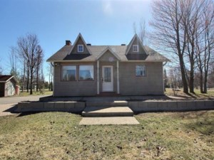 9380717 - Maison à 1 étage et demi à vendre