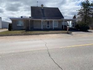 18474221 - Maison à étages à vendre