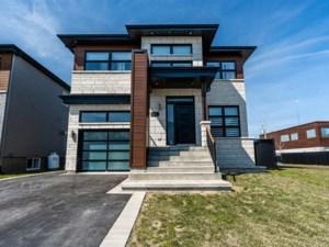 23074746 - Maison à étages à vendre