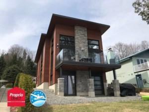 25908101 - Maison à étages à vendre