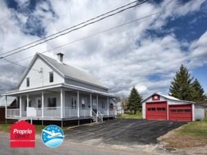 23903689 - Maison à étages à vendre