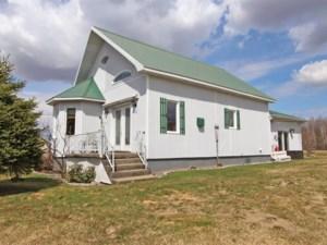 16468803 - Maison à étages à vendre