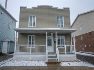 20270792 - Maison à étages à vendre