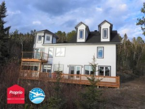 12787263 - Maison à étages à vendre