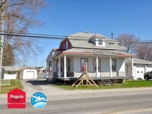 12560514 - Maison à étages à vendre