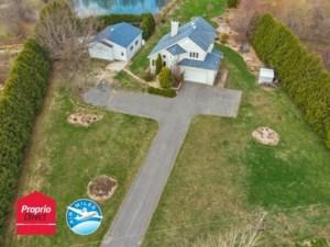 23805459 - Maison à étages à vendre