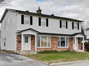 12741004 - Cottage-jumelé à vendre