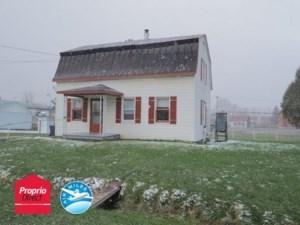 21258099 - Maison à étages à vendre