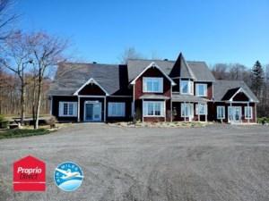23606454 - Maison à étages à vendre