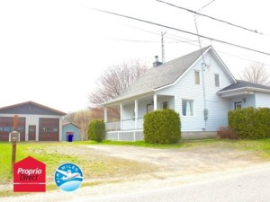 21349954 - Maison à étages à vendre