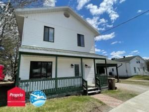 24464034 - Maison à étages à vendre