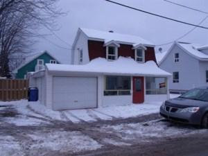 21799082 - Maison à 1 étage et demi à vendre