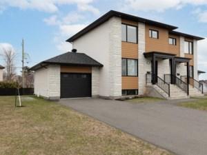 23939281 - Cottage-jumelé à vendre