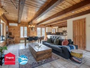 28078366 - Maison à étages à vendre
