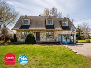 23958293 - Maison à étages à vendre