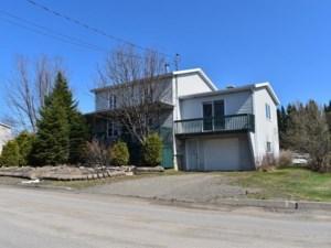 19877037 - Maison à 1 étage et demi à vendre