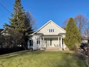 17918313 - Maison à étages à vendre