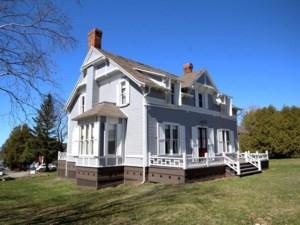 21289889 - Maison à 1 étage et demi à vendre
