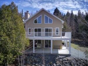 19328826 - Maison à étages à vendre