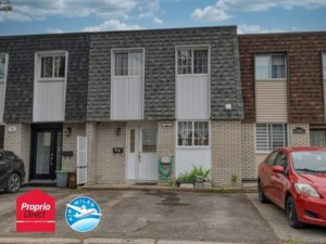 22310485 - Maison à étages à vendre