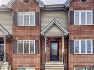 27959223 - Maison à étages à vendre
