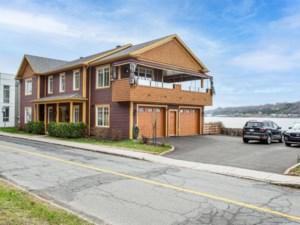 13608943 - Maison à étages à vendre