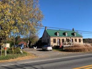22196196 - Maison à 1 étage et demi à vendre