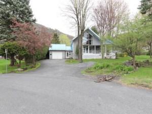 13137933 - Maison à étages à vendre