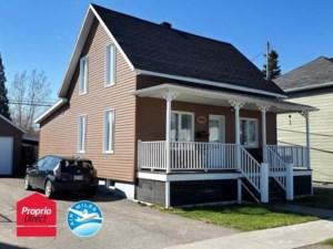 22503681 - Maison à étages à vendre