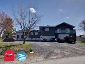 14409565 - Maison à étages à vendre
