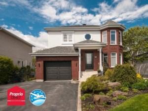 15203385 - Maison à étages à vendre
