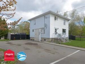 18947516 - Maison à étages à vendre